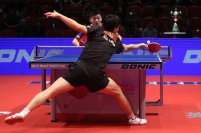 Perché racchetta ping pong rossa nera