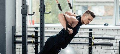 allenamento con elastici da resistenza e fitness