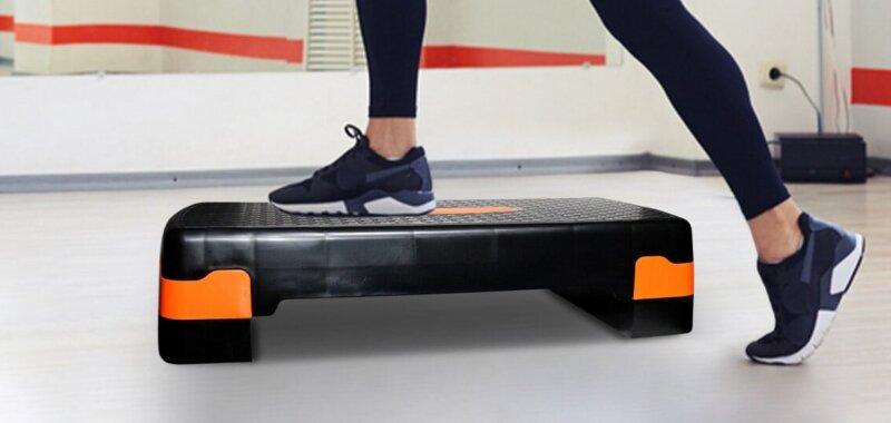 allenamento con lo stepper fitness