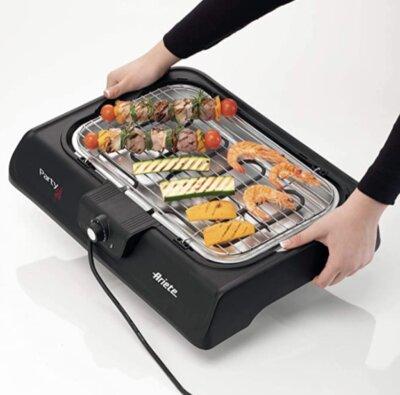 Ariete - Migliore piastra barbecue elettrico per leggerezza e maneggevolezza