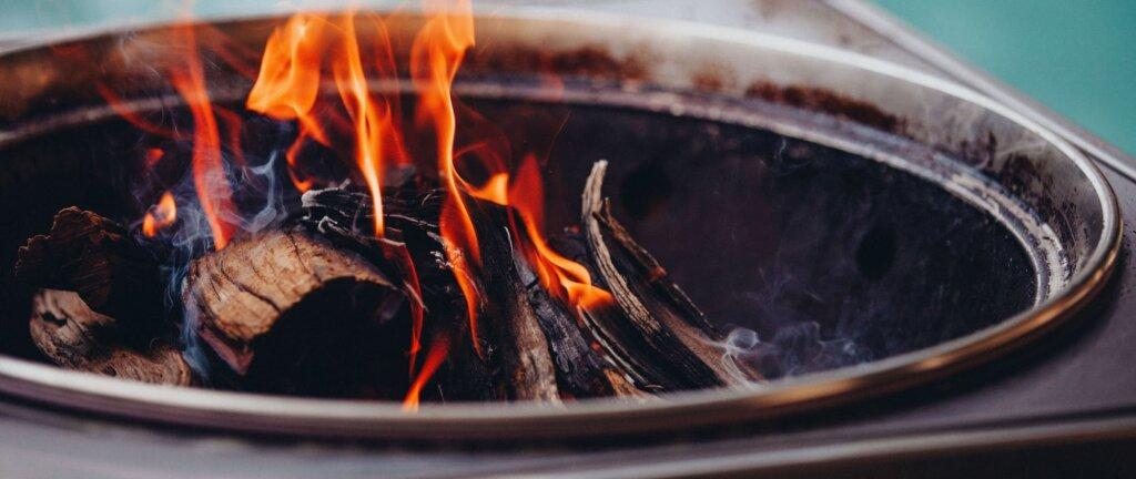 barbecue da tavolo carbonella legno
