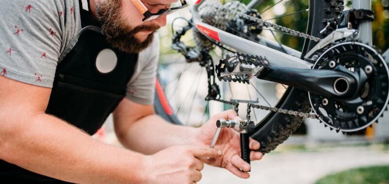 cavalletto manutenzione bici