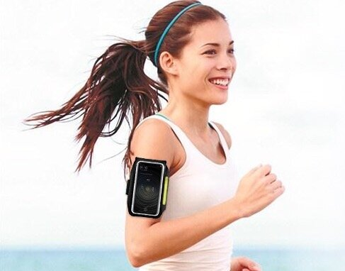 fascia da braccio per running e attività sportive
