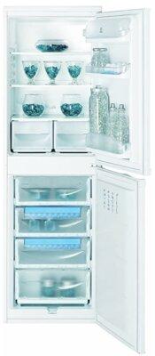 Indesit CAA 55 - Migliore frigorifero Indesit combinato per colore bianco e maniglie integrate