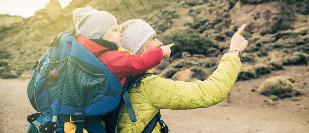 Lo zaino porta bambino da montagna